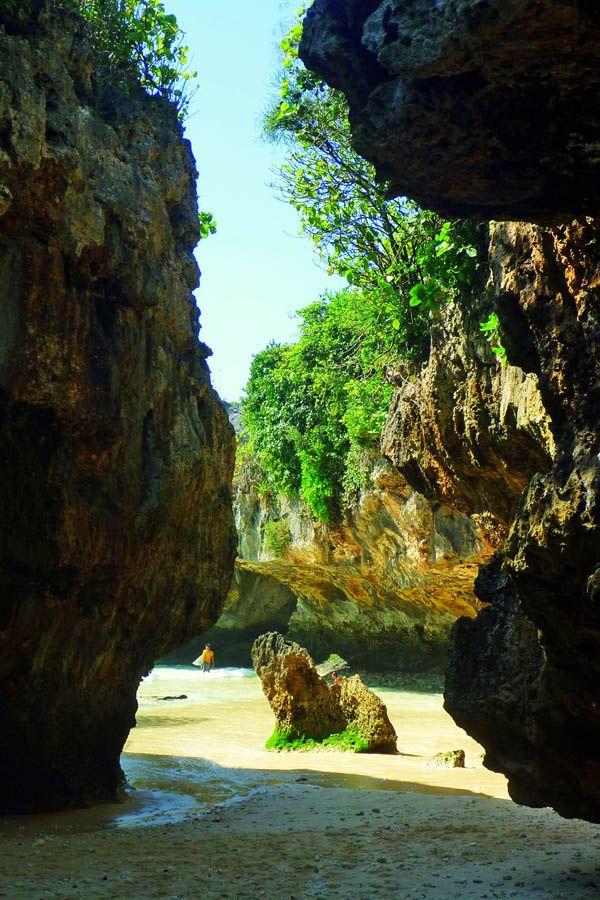 Bali Beaches   Bali Surfing Holidays (Indonesia): Travel Wonders