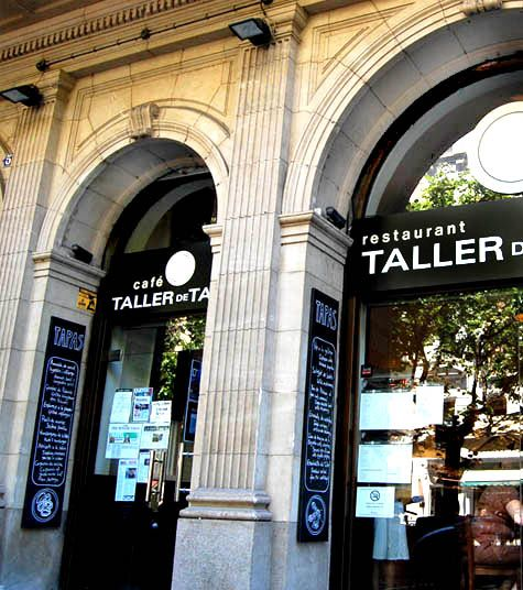 BARCELONA, SPAIN: Taller de Tapas - amazing paella
