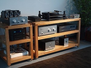 Hifipig.com second part of the High End hifi Munich 2013 show report online now!  Living Voice and Kondo