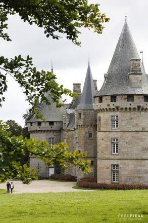 Château de Bonnefontaine. Antrain. Bretagne. France.                                                                                                                                                     Plus