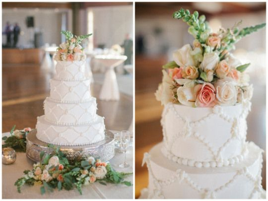The Comeback of the Classic Wedding: The all-white wedding cake | Leslie Hollingsworth Photography on Oh Lovely Day