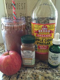 A few months ago my Aunt texted me the most delicious detox smoothie recipe using Apple Cider Vinegar, and I have seriously been hooked ever since. Not only does it literally taste like apple pie, but it has the added benefits of detoxing and fat burning as well! I have been trying for nearly a year to find ways to incorporate Apple Cider Vinegar into my daily routine, but was having trouble making it stick due to the strong taste, and now...it's a habit I don't ever wanna break.