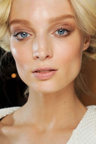 Milan's best beauty trends - Nude: Beautiful Full, Skin Care, Skin Beautiful, Dewy Skin, Beautiful Adorable, Fresh Skin, Beautiful Faces, Fashion Spring, Beautiful Products