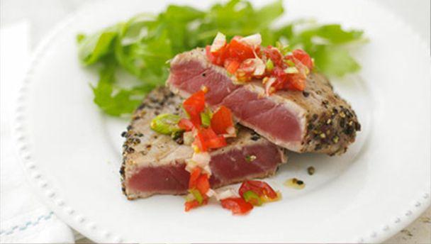 Tonijn steak met salsa