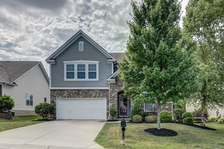Fabulous Open Brandon Oaks 2-Story Home with Stone Accents in Indian Trail! Contact Wendy Richards, Keller Williams Realty - Ballantyne, 704-604-6115 for more information.
