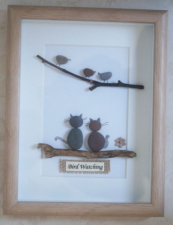 This is a beautiful small Pebble Art framed Picture of a Family - Bird Watching handmade by myself using Pebbles, Driftwood, Small Branch and decorative Flower Size of Picture incl Frame : approx. 22cm x 17cm Thanks for looking Doris