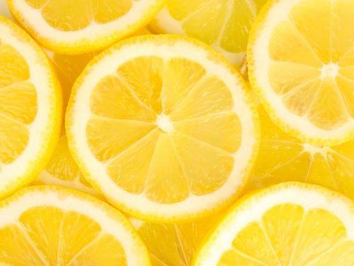 Americanii au o vorba: Cand viata iti ofera lamai, fa limonada (When life gives you lemons, make lemonade). Nu va luati dupa ei, daca aveti prea