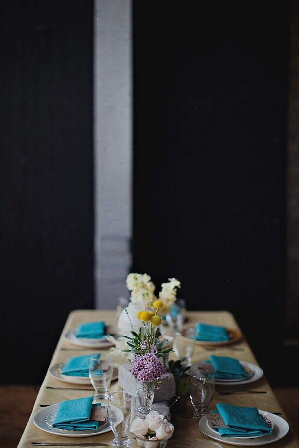 tablescaping at a warehouse turned wedding venue Photography By / http://andamarie.com,Floral Design By / http://milaegers.com