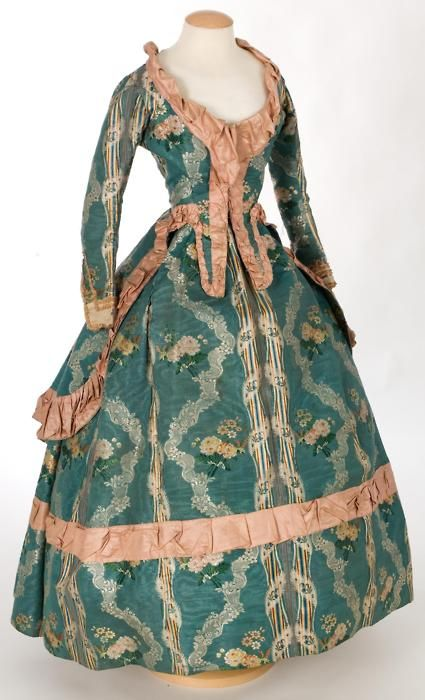 Caraco and petticoat ca. 1760-80   Really really love the colors and design of this dress #Historical #Fashion