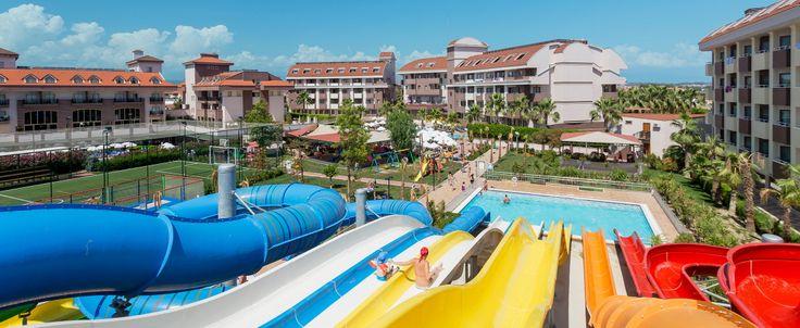 Res till Side och bo på familjevänliga Hane Family Resort med all inclusive, vattenland, privat strand och flera pooler.