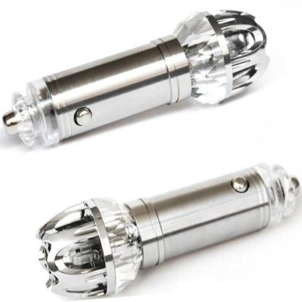 Kedvező áru autós légtisztító ionizátor. Hatékony védelem a szmog ellen, használata erősen ajánlott városi forgalomban!