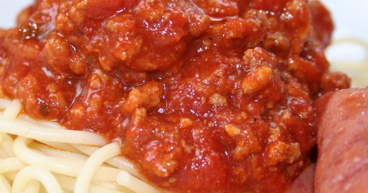 Il est à peu près temps que je présente cette recette. Depuis septembre dernier cette sauce à spaghetti fait partie de notre table. Après 3...