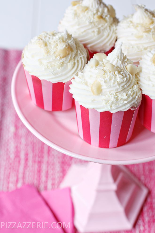 {Recipe} White Chocolate Macadamia Nut Cupcakes! The cupcakes and icing are made with liquid coffee creamer! I'd say just use any flavor you want. The possibilities are endless!!