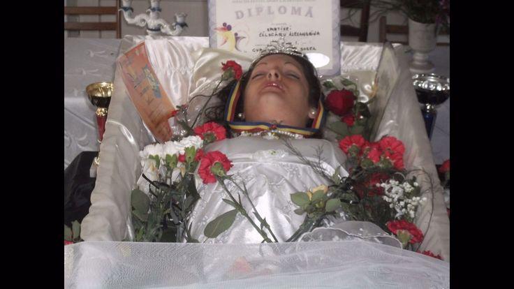 calugaru alexandrina in her open casket during her funeral