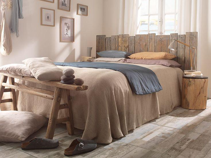 Réveil À L'Île De Ré - On immerge la chambre dans une ambiance de bien-être et de douceur. On choisit des matériaux bruts et des coloris discrets, on improvise une tête de lit en harmonie avec le thème. Le bois blanchi, le rotin, le lin se posent sur un lit de beiges, de bruns, de chanvre, la sérénité est de mise. http://www.castorama.fr/store/pages/inspirations-deco.html#reveil-a-l-ile-de-re