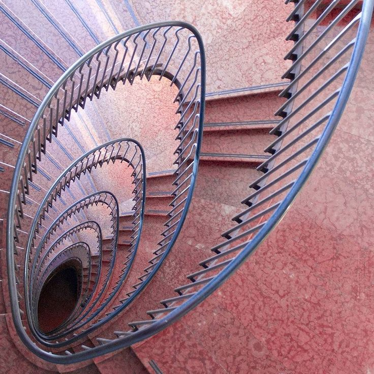 Oval spiral staircaase. Rinascente Roma Franco Albini Franca Helg 1957 1961 via george franklin- stairs, simple