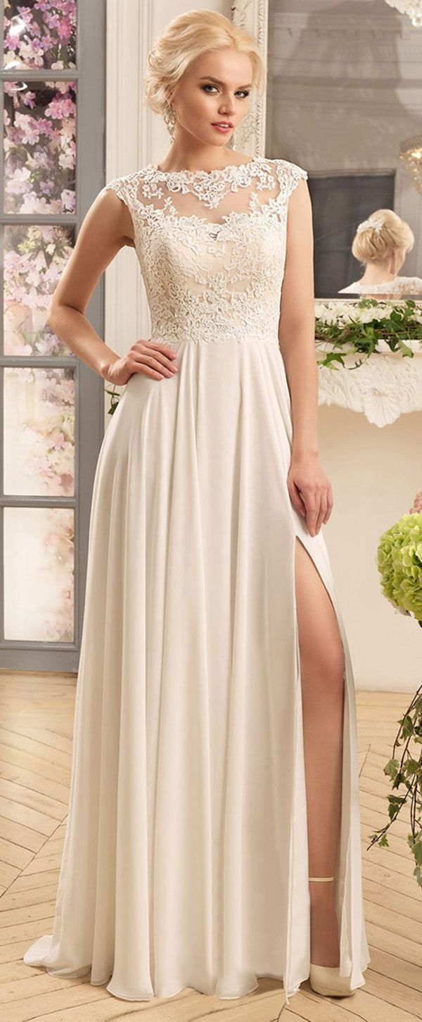 Flowing Tulle & Chiffon Jewel Neckline A-Line Wedding Dresses With Lace Appliques