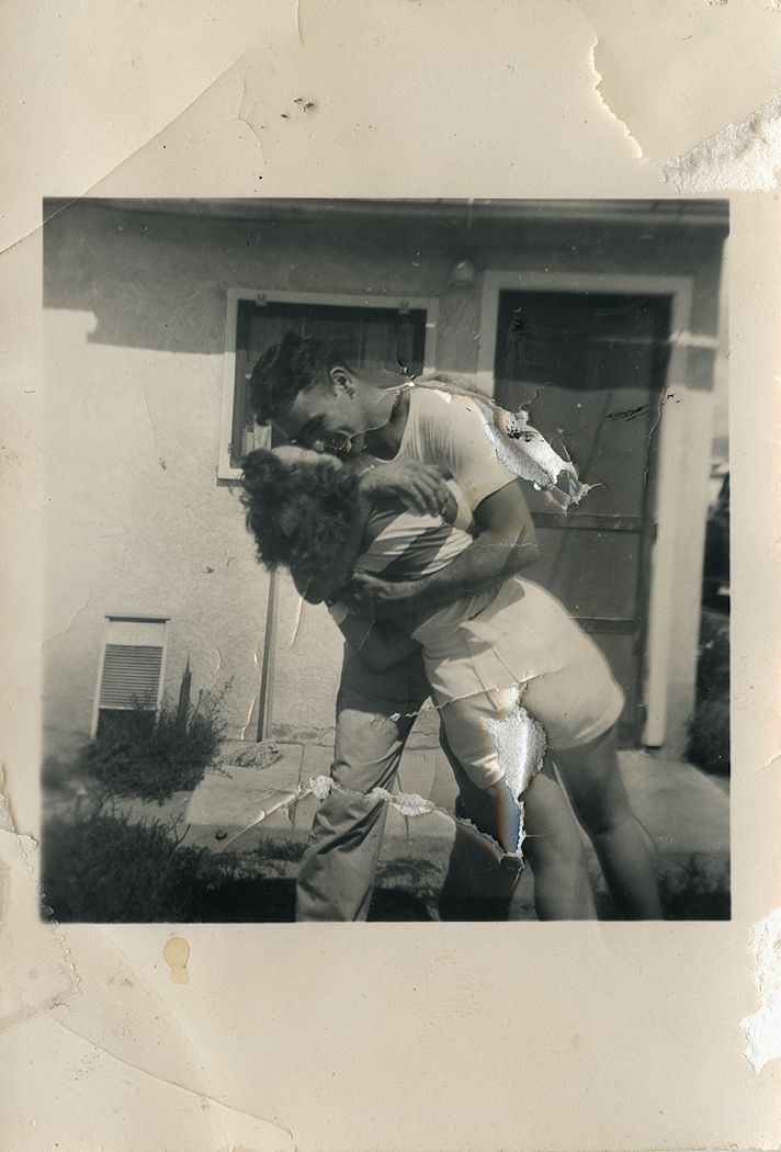 I have a bunch of old photographs like this of my grandmother. Such a lovely slice of life.