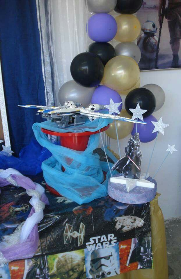 Decoração ao domicílio Star Wars, desta vez na Golegã.  A festa de aniversário foi do Carlos que fez 9 anos. Marque já a sua festa ou decoração antes que esgote...