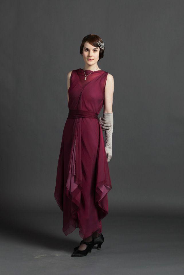 the beautiful fashions of Downton Abby Season 3