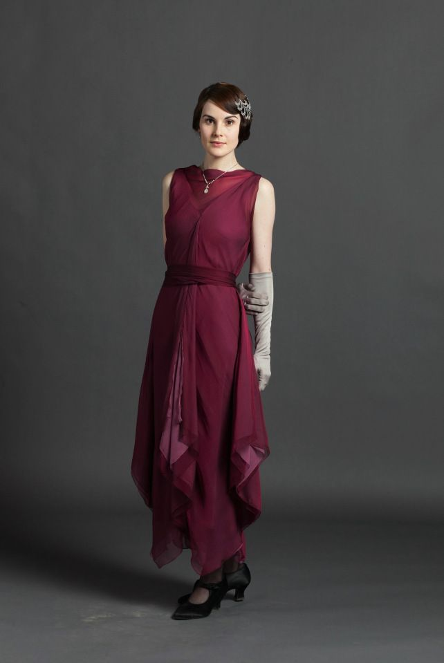 Michelle Dockery as Lady Mary Crawley on Downton Abbey. || The beautiful fashions of Downton Abbey Season 3