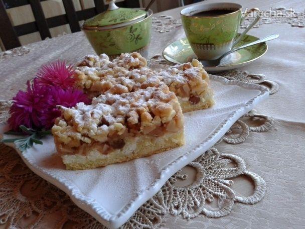 Strúhaný krehký tvarohovo-jablkový koláč (fotorecept) - Recept