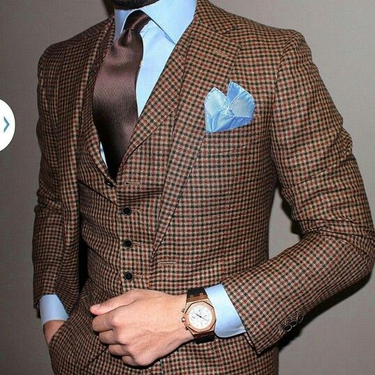 Custom made by GvS Clothiers. Please contact me your personal fashion consultant for GvS for order information.