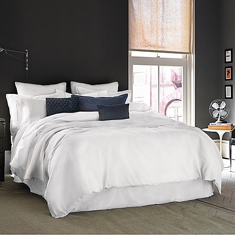 Kenneth Cole Reaction Home Mineral King Comforter In White