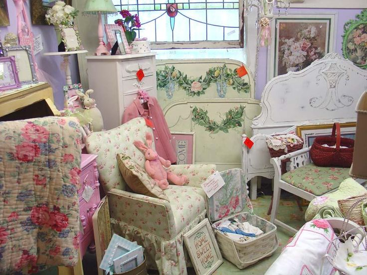 Furniture for your shabby chic cottage