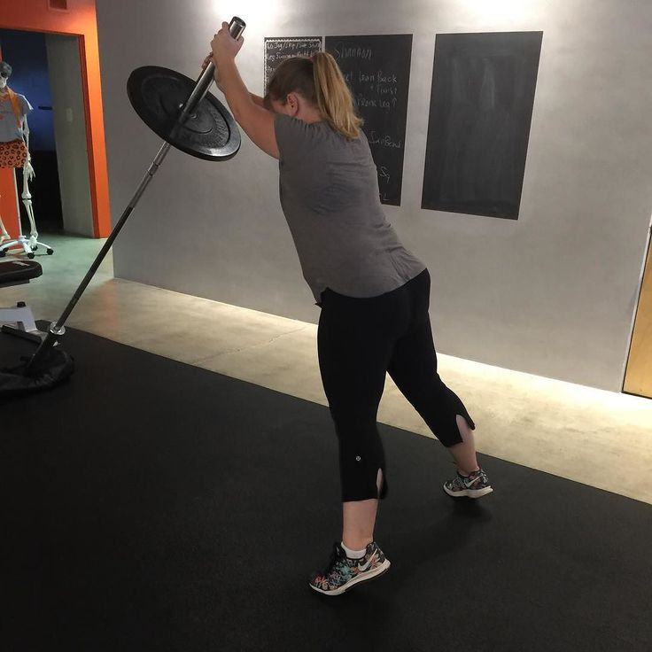 Not only did @skhjams72 ROCK this #landmine #squat to #overhead #plank she annihilated her #heaviest #deadlift yet!! Plus some fun @trxtraining #TRX prone work a TRX #pike & some #glidingDisc #lunges. Good session today!