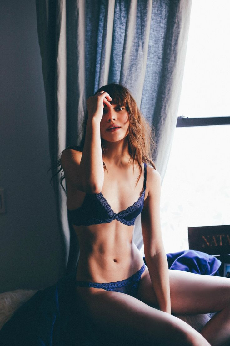 Blogger Natalie Off Duty looking chic in Natori Feathers bra and panty. Shop the lingerie now at natori.com