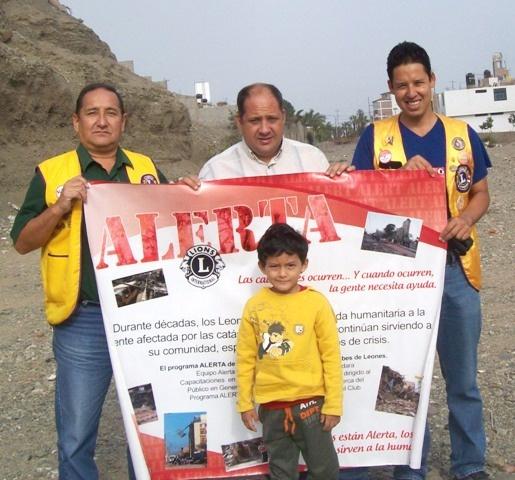 Trujillo Las Quintanas Lions Club, Peru - Lions participated in the ALERT Program for the Rio Seco Huanchaco Flood Risk assessment