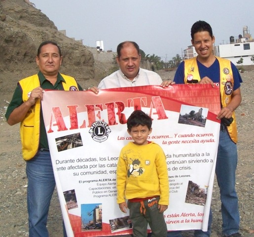 Trujillo Las Quintanas Lions Club, Peru - Lions participated in the ALERT Program for the Rio Seco Huanchaco Flood Risk assessment