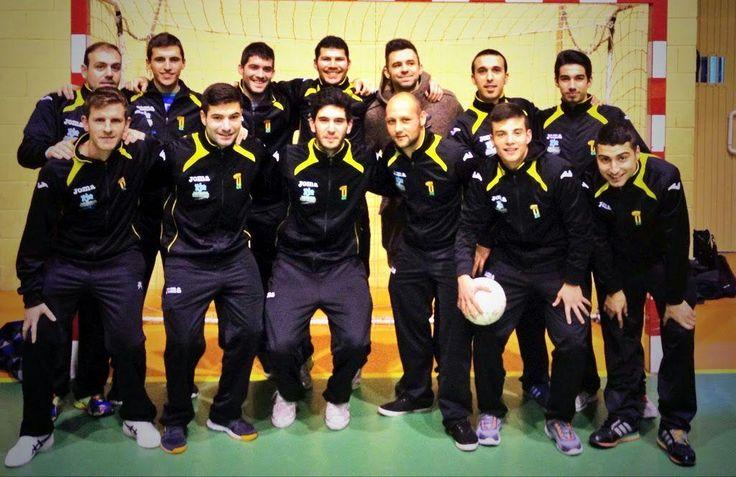 """Futsalsur on Twitter: """"UEx AD Malpartida sustituye al Talayuela y será el equipo numero 13 en el grupo 5º de Segunda B. http://t.co/eZWJNxhaUa"""""""