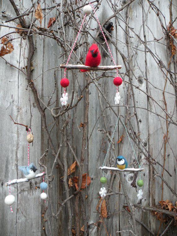 Nouvelle volée d'oiseaux d'hiver sur branche par LeilaLandCreations