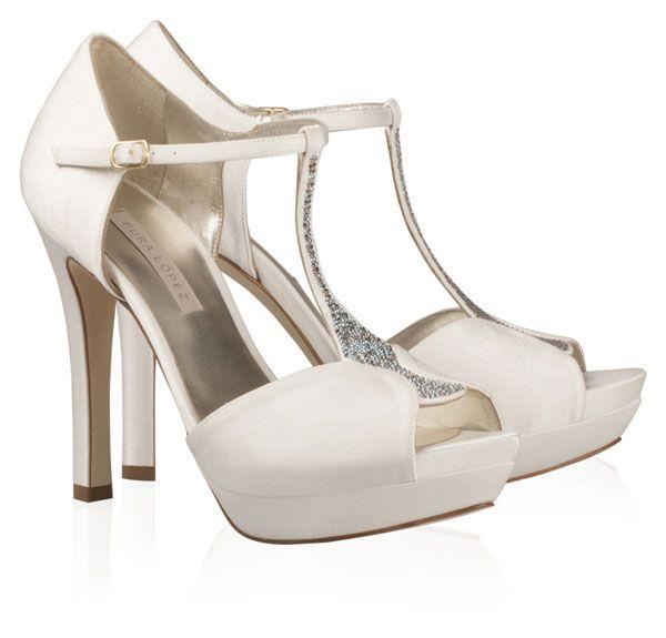 Zapatos de novia de Pura López 2013 #boda #zapatos #novia