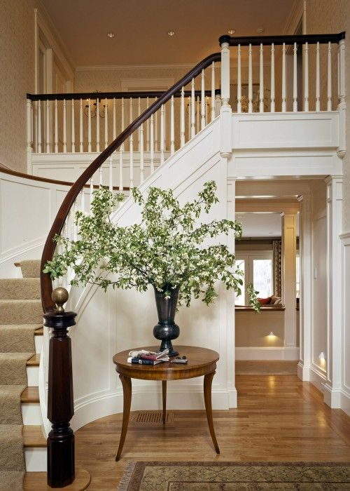 This is exactly how my entry looks. I need to find a nice round table like this for it. #staircase