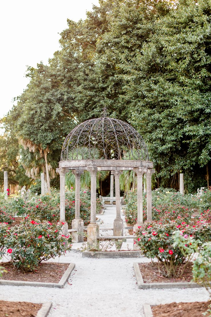 Garden Engagement at Ringling Museum + Ca'D'Zan in