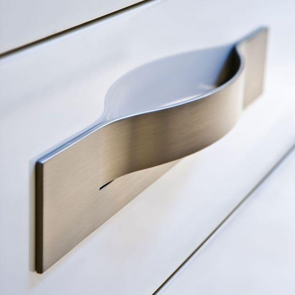 Les 62 meilleures images du tableau poign es de meuble sur - Quincaillerie meuble cuisine ...
