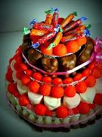 gateau en bonbons carambar et fraise Tagada