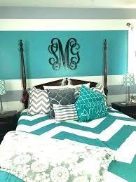 Bildergebnis für grauweißes und aquamarines Schlafzimmer