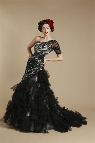 Традиционное испанское платье фото