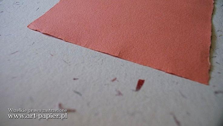 Papier ręcznie czerpany malinowy_ ART-PAPIER