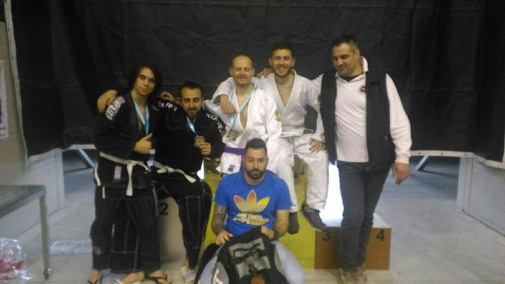 Ottimo risultato al bjj Napoli challenge 2016 per l'a. s. d. Hanuman, Imbimbo, Freda e Pisacane argento, Pastore bronzo