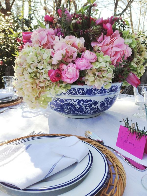 The Pink Pagoda: Blue and White Tabletop + Blue and White Illustration