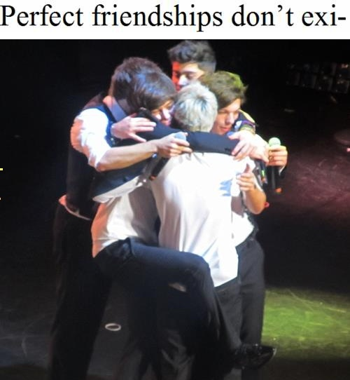 Omg Harry. Cutest thing ever right here.Night Tours, Dance Moving, Direction Infection, Boys, Group Hug, One Direction, Directioners 3, Koalas Bears, Onedirection