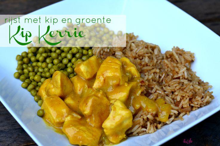 Binnen 20 minuten zelfgemaakte kip kerrie op tafel! Lekker recept van foodensomuchmore.nl
