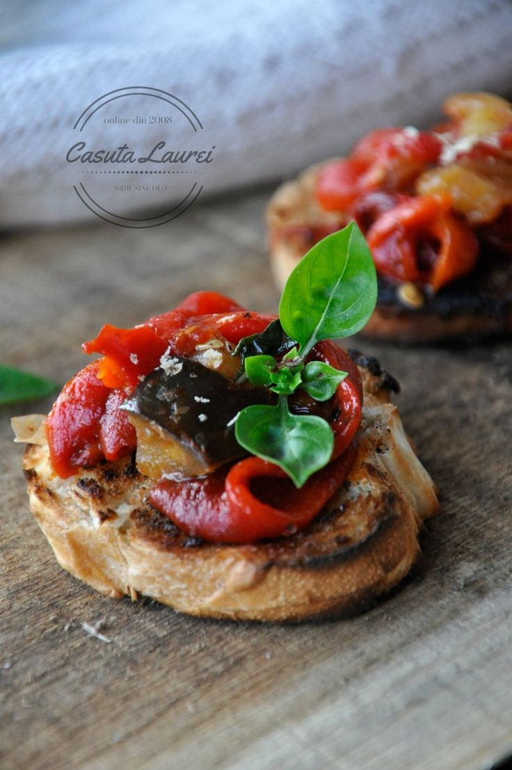 Crostini cu legume  Crostini with vegetables on the top - healthy, tasty appetizer, full of summer flavor.