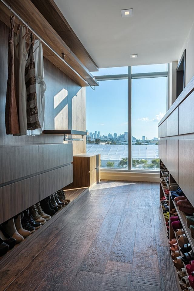 I like the low shoe racks - neat and out if the way!
