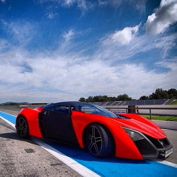 Delightful Marussia: Russiau0027s First Electric Supercar